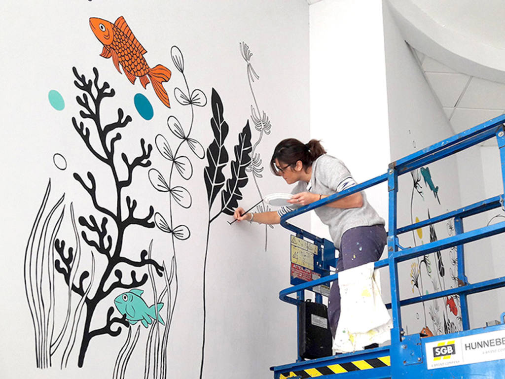 Les fabricoleuses, décoration d'intérieur : fresque d'Emilie Chollat