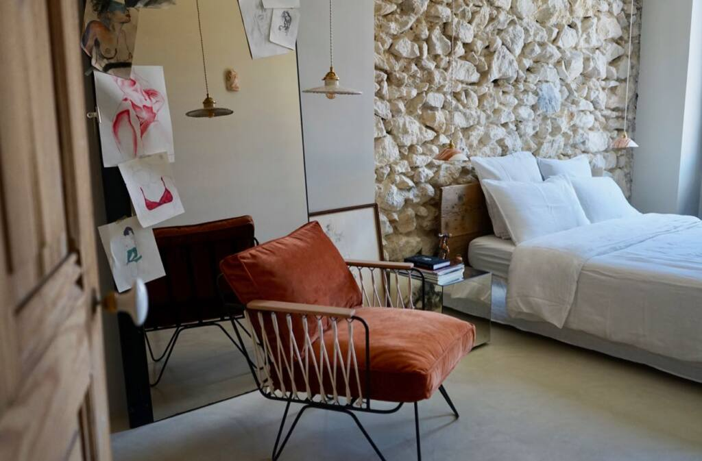 Enamoura, maisons d'hôtes en provence et collection d'objets de décoration artisanaux (déco chambre))