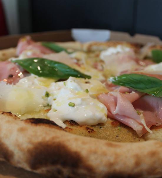 Piacere Pizza Populaire, Pizzeria Marseille, City Guide Love Spots (pizza)