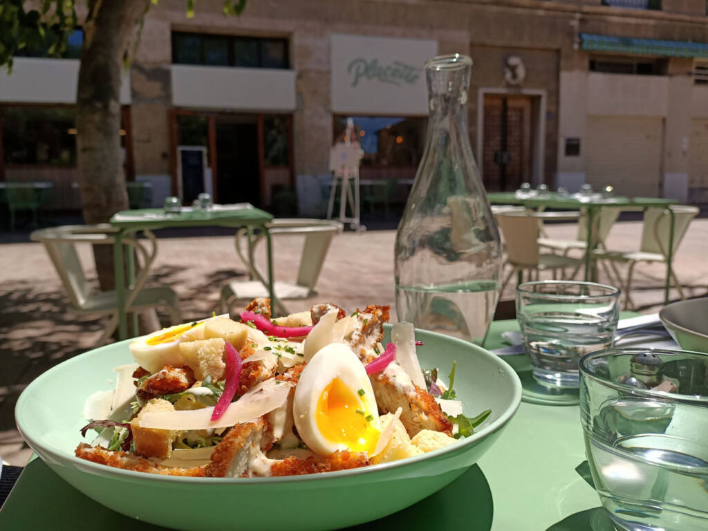 Placette, restaurant with terrace in Marseille : salade