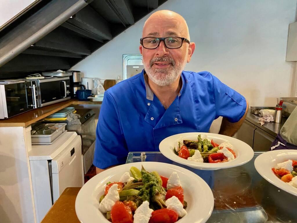 Sam Kitchen, restaurant de cuisine du marché à Montevideo (Chef Sam Avedissian)