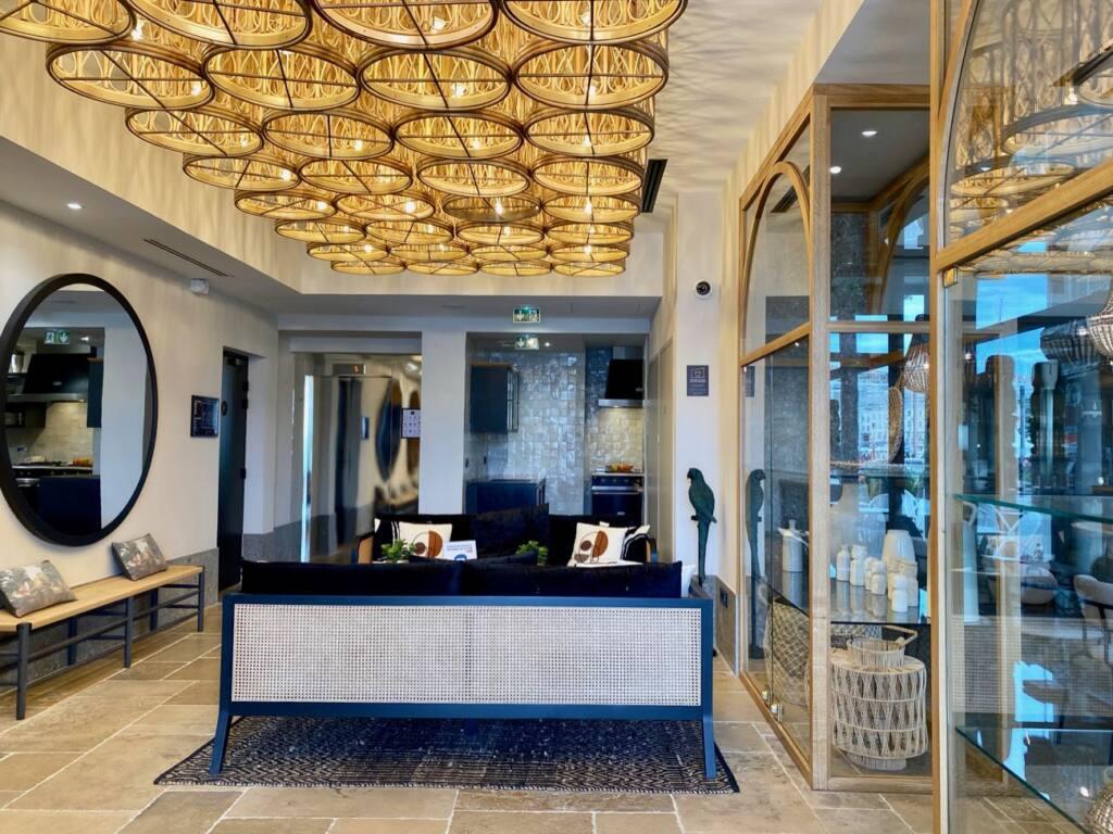 Maisons du Monde, Hotel and Suites, city guide love spots - interior