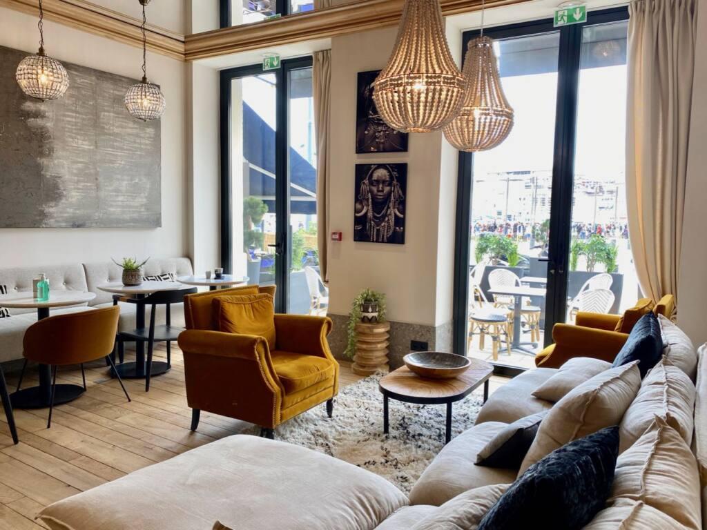 Maisons du Monde, Hotel and Suites, city guide love spots - decoration
