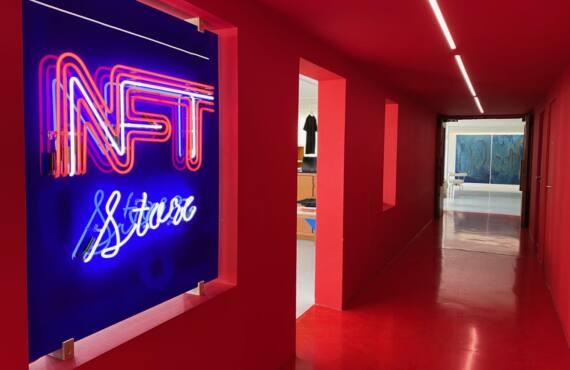 Les meilleures expos de l'été à Marseille pour l'été 2021 (NFT store de Zevs au Mamo de Marseille))