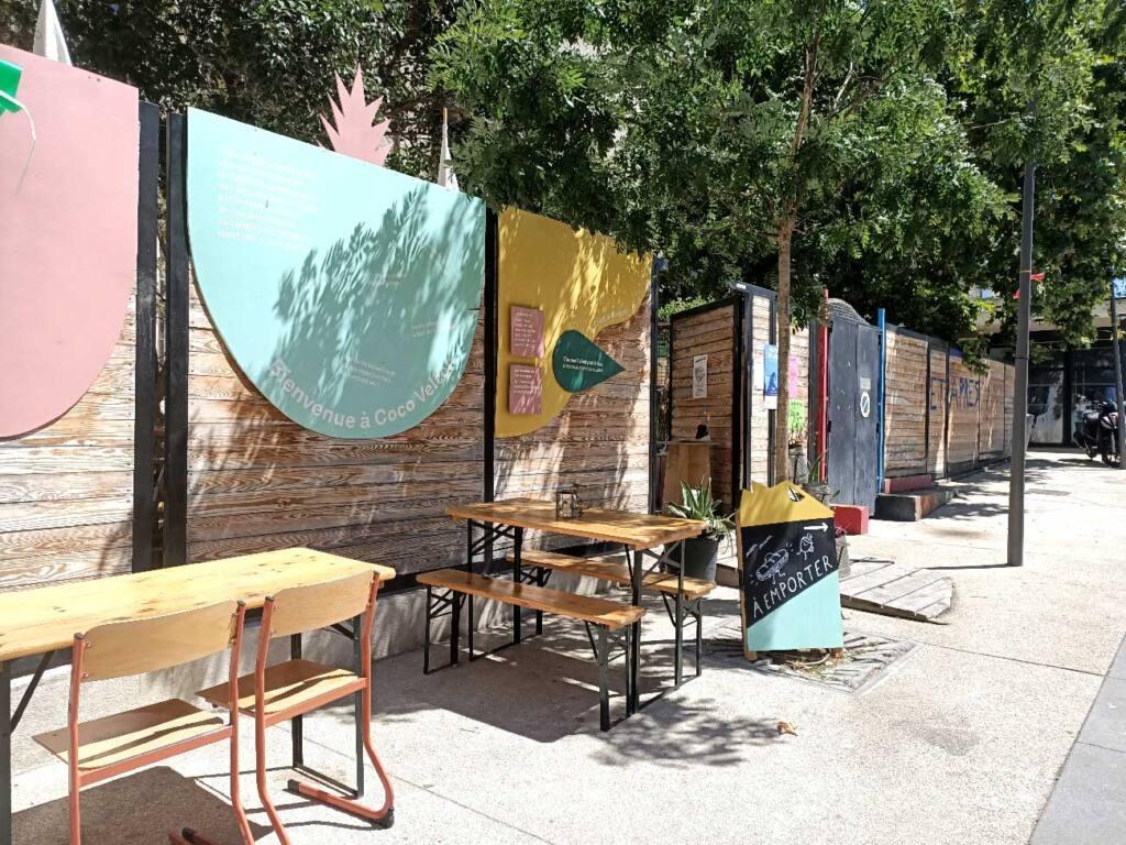 Coco Velten, canteen in Marseille : exterior
