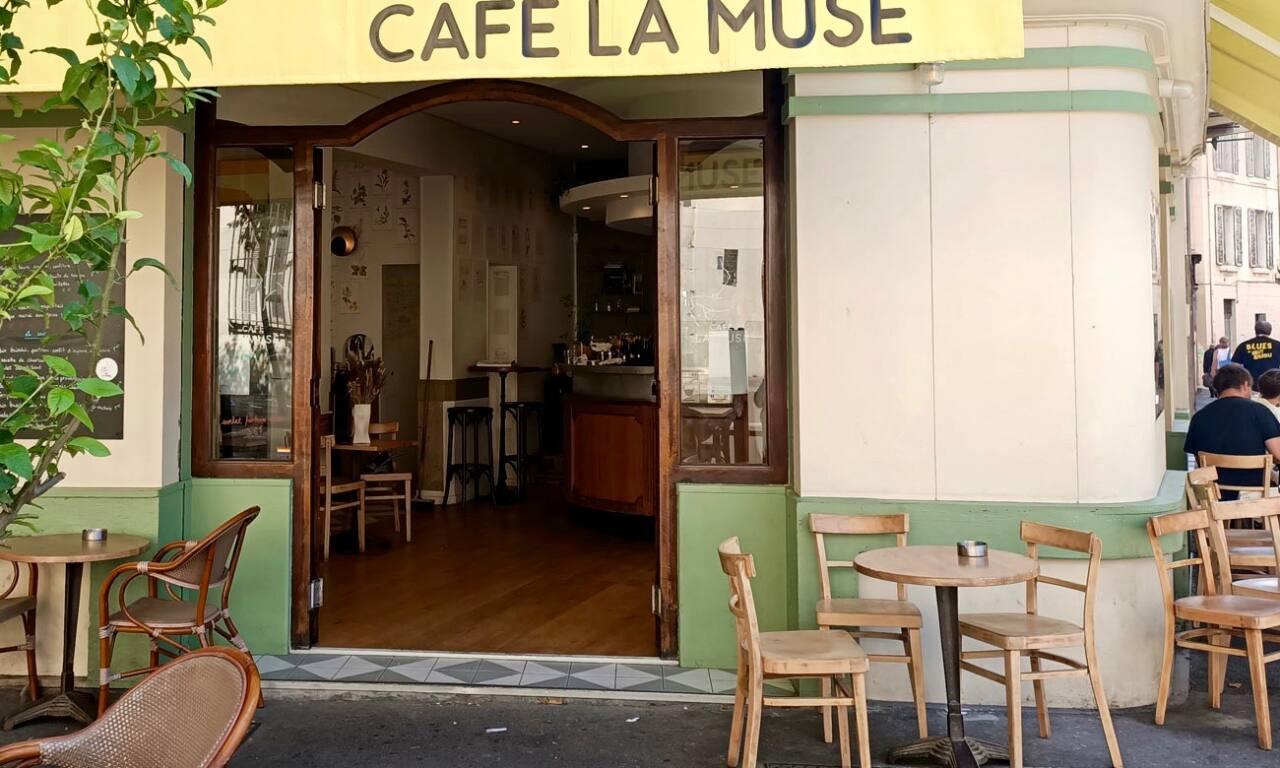 Café La Muse, café in Marseille: exterior and terrace